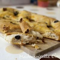 Fougasse olives et tomates séchées