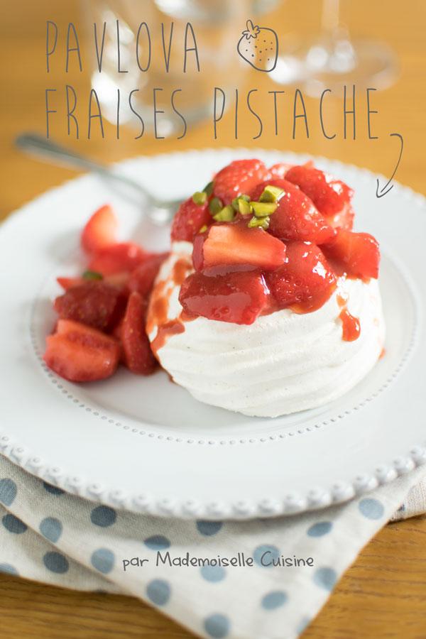 mini-pavlova-fraise-pistache