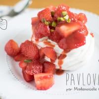 Pavlova fraises pistache