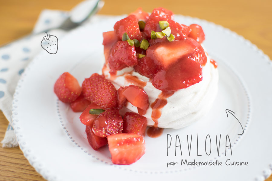 pavlova-fraises-pistache