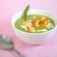 Soupe d'asperges au saumon